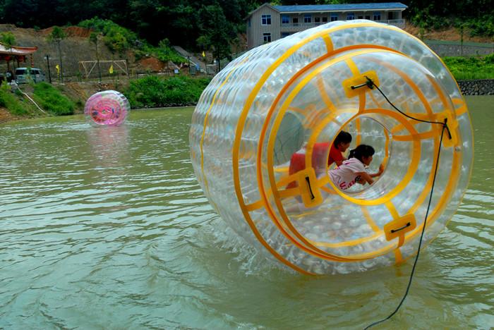 福州飞云峡水上滚球