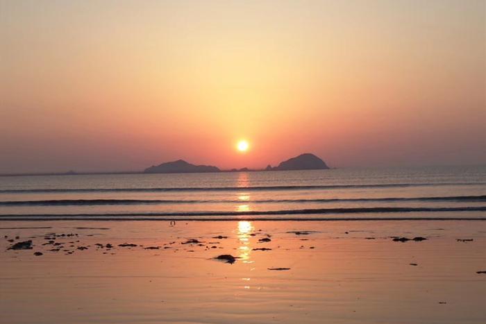 高罗海滩日出